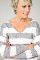 Pull rayures et strass, Gris