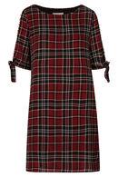 Geruite jurk, Rood