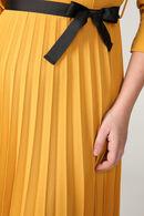 Effen, uitlopende jurk, Oker
